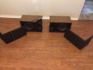 Bose 301 Series III Main / Stereo Speakers-Walnut Set L/R test working