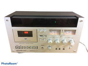 Akai GXC-570D II Wood Grain 3-Head Single Compact Stereo Cassette Deck