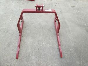 Farmall fast hitch 3 point adapter for farmall 300 up to the 560, USA 2725