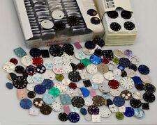 Posten Zifferblätter für Armbanduhren ca. 250 Stück, Uhrenzifferblatt, Konvolut