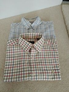 Men's Designer Shirts Orvis And Blue Harbour Oxford Weave Size Medium Pit To Pit