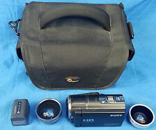 Sony HDR-CX580V Digital HD Camcorder LowePro Bag Case & VCL-0630 S 2 Lens MINT
