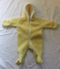 Gelber DDR Winteroverall / Babybekleidung für 0-6 Monate