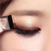 QIBEST Double Color Women's Fashion Lazy Shadow Eyeshadow Makeup Palette