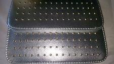 Colore argento borchie IMITAZIONE CUOIO HANDBAG