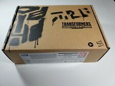 Transformers Generations Selects Deluxe Centurion Drone WFC-E33 - New MISB