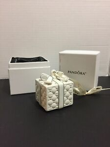 Pandora Porcelain Gift Box Christmas Ornament 2016 Limited Edition