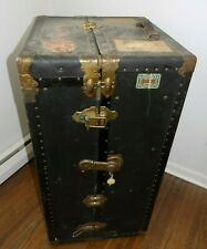 ANTIQUE GLOBETROTTER WARDROBE TRAVELING STEAMER TRUNK DOUBLE LOCK W/KEYS