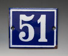 EMAILLE, EMAIL-HAUSNUMMER 51 in BLAU/WEISS um 1950