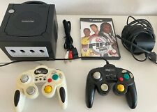 Nintendo Gamecube mit 2 Controllern + Spiel FIFA 2003 spielbereit!