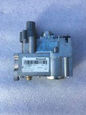 Honeywell  V4600C Grey Push Button Has Valve 220 Volts