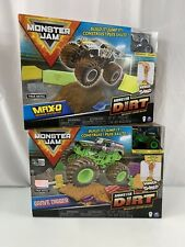 Monster Jam Grave Digger Max-D 2 SETS Monster Dirt Kinetic Deluxe 1:64 Scale