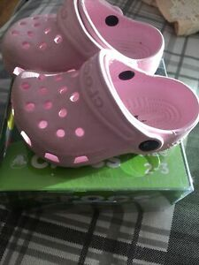Crocs Baby Kids 2-3 Pink