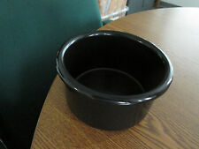 "Crock style bird or pet water/food plastic dish 28"" oz.bowl Black color"