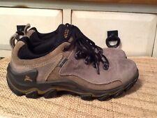 Ecco Gore-Tex Women's Hiking Boot sz.36,US Sz-5.5 M Tan Waterproof Yak Leather