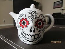Lucky Skull Porcelain Teapot by Accoutrements - 12398 - Tea Pot