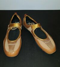 red by marc ecko  -Womens 10- Caramel Leather/Textile MARY JANE SPORTS LOAFERS