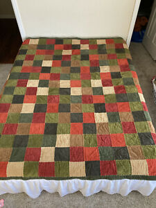 """WOOLRICH Patchwork Corduroy Quilt Bead Spread Full 80""""X 80"""" Olive Green Tan Red"""