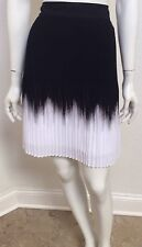 WHITE HOUSE BLACK MARKET SIZE 4 WOMEN'S PLEATED OMBRE BLACK AND WHITE SKIRT