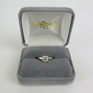 .75 Carat Round Brilliant Cut Engagement 14k Gold Ring with H Color SI1 Clarity