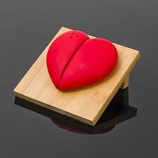 a forma di cuore Ceramica sale e pepe Saliera Set con bambù Stand