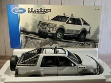 AutoArt 1999 Ford Himalaya Expedition 1:18 Scale Diecast Pickup Truck Suv White