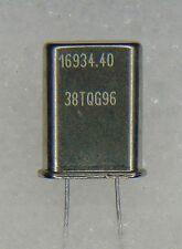 10 Stk SPEZIAL QUARZ für Digitalaudio  16,9344 MHz = 384 x 44,1 kHz   HC49/U