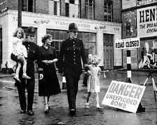 "London people evacuated from German Bomb 8""x 10"" World War II WW2 Photo 609"