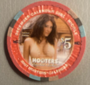 $5 hooters nicole december casino chip las vegas obsolete super rare
