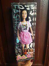 NUOVO in scatola bambola barbie fashioniste No.110 ragazza a Los Angeles Abito FXL50