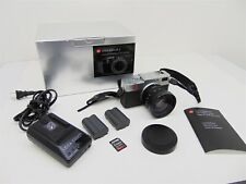 Leica Digilux 2 Camera & DC Vario Summicron Lens w/ Box, Battery & Charger