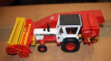 David Brown CASE 1412 tractor JF combine Corgi model 1112 c/w box