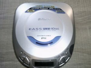 Aiwa Model No XP-V412 Personal CD Player including Brand New Earphones