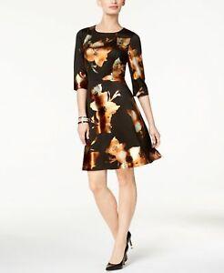 ECI Metallic-Print Fit Flare Dress IvoryGold 8  ______________________ R25-2