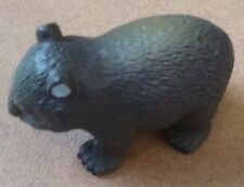 CUTE AUSTRALIAN ANIMAL GIFT WOMBAT SMALL REPLICA approx 4cm