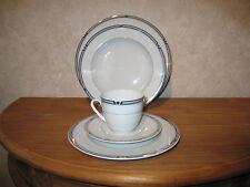 WINTERLING BAVARIA *NEW* CANNES Set 3 assiettes + 1 tasse à thé a/souc.