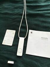 Apple iPod shuffle 1st Generation 512MB w/ Lanyard Cap