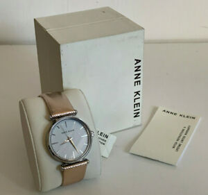NEW ANNE KLEIN AK WHITE FACE PINK METALLIC LEATHER BRACELET STRAP WATCH $65 SALE