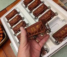 Walthers Gold Line 12 Pack Taconite CNW Chicago Ore Cars HO Scale 936-4472