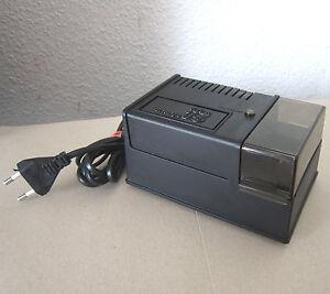 VIVITAR Charge 15 Battery Charger Ladegerät 220 V für NC-3 Akkus/Battery Pack