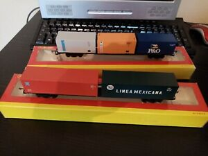 Hornby container x2 wagons