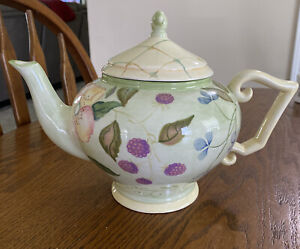 Tracy Porter Evelyn Collection Teapot with Lid