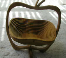 Bamboo Folding Apple Basket/fruit display or Pot Rest