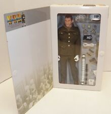 Dragon 1:6 WWII England 1944 US MILITARY POLICE MATT CLAPTON Figure ~ New!!!
