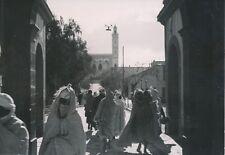 LAGHOUAT c. 1935 - Population dans une Rue de la Ville   Algérie - P 627