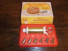Vintage Ateco Fancy Cake Decorating Set With 6 Basic Designs No. 701 Great Shape