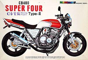 Honda CB400 Super Four Over Racing Project Type-II 1:12 Bausatz Kit Aoshima 1369