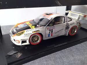 Porsche 911 GT3R 24h LeMans 2000 #79 von Autoart in 1:18