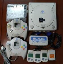 Consola Sega Dreamcast con GDEMU, mandos, visual memory, adaptador VGA y SD 64GB