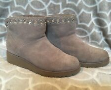 UGG Australia Women Size 10 Riley Grommet Bootie Gray 1020054 Classic Wedge Boot